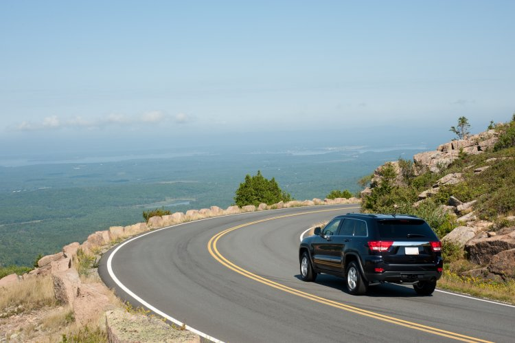 Bar Harbor to Acadia National Park: 5-10 minutes driving.