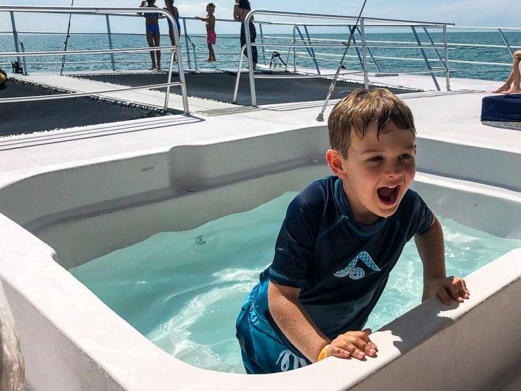 Ocean King Manuel Antonio catamaran has two hot tubs to enjoy during your trip.