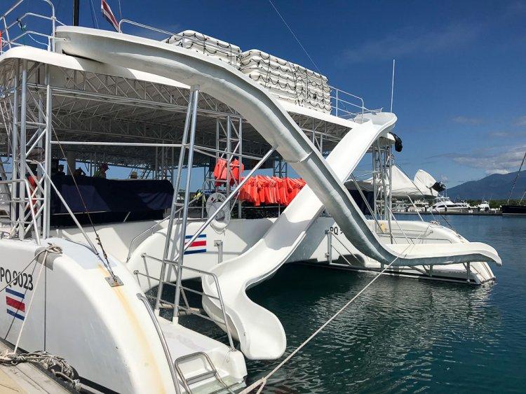 Catamaran-Tour-Costa-Rica-Snorkeling-Manuel-Antonio-with-Ocean-King-