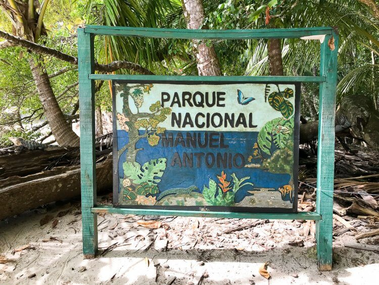 Parque Nacional Manuel Anotnio Costa Rica Sign