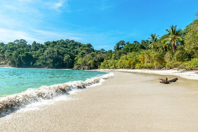 Manuel Antonio: What to do: Manuel Antonio Beaches with the crashing waves and tropical surroundings.