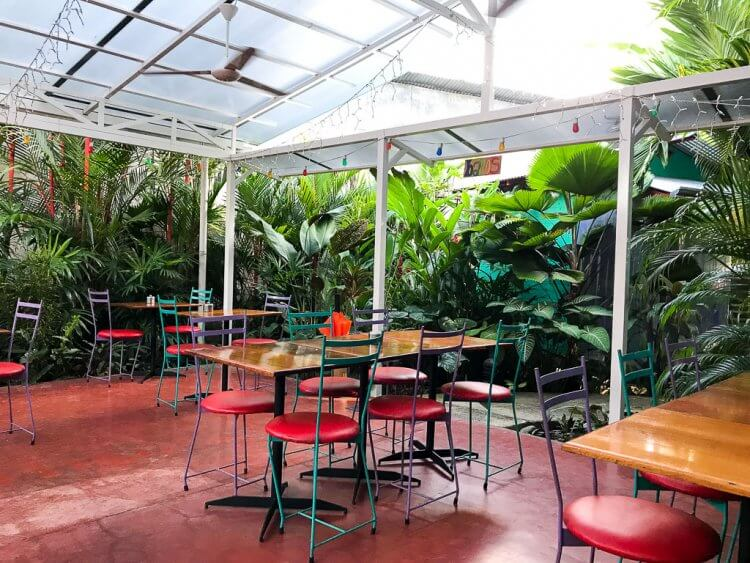 El Patio de café Milagro is the perfect place for breakfast in Manuel Antonio