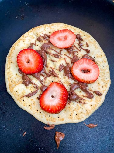 Crepe with strawberries and nutella.