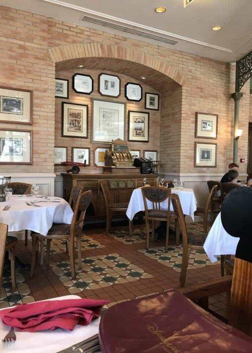 Disneyland Paris Hotel Inventions Restaurant